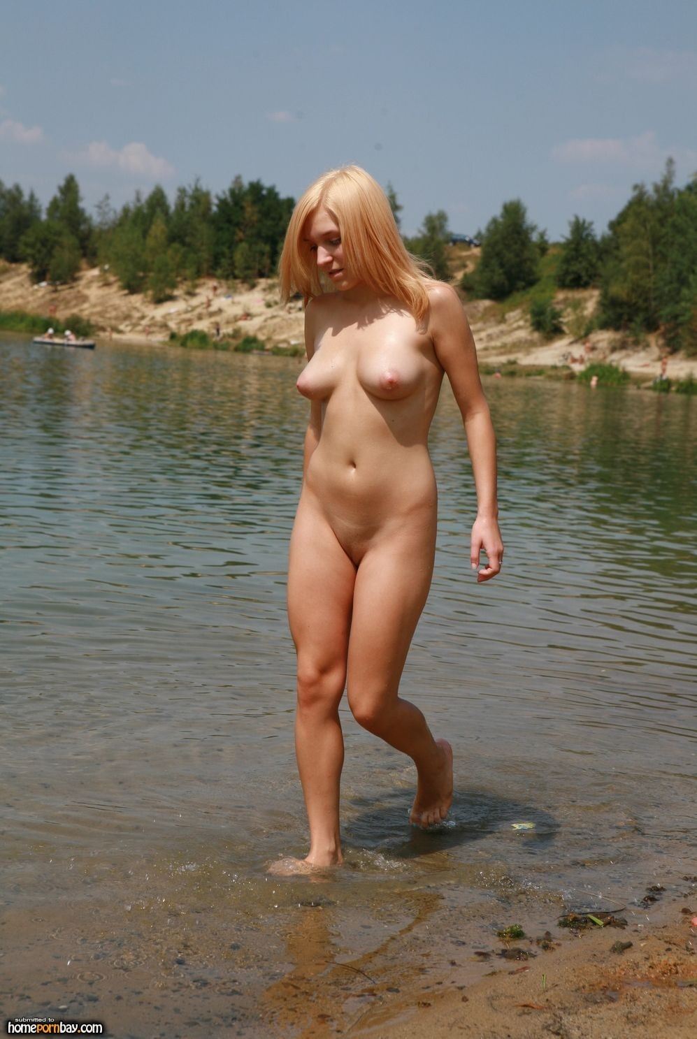 Amateur nude polish girls